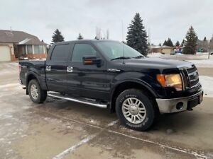 Ford F150 Truck - 2010 4x4 Supercrew Lariat with low kms