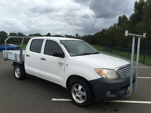 2006 Toyota Hilux TGN16R Workmate White 5 Speed Manual Dual Cab Pick-up Revesby Bankstown Area Preview