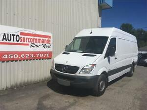 2013 Mercedes-Benz  Sprinter 2500 - GARANTIE 1 AN / 15 000 KMS -