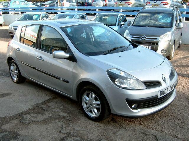 2007 renault clio 1 4 16v dynamique in gloucester gloucestershire gumtree. Black Bedroom Furniture Sets. Home Design Ideas
