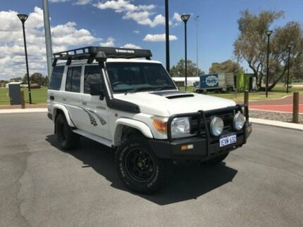 2012 Toyota Landcruiser VDJ76R 09 Upgrade Workmate (4x4) White 5 Speed Manual Wagon