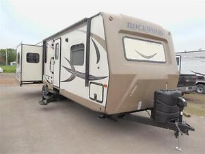 USED 2017 Rockwood 2703WS with 3 slides