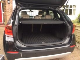 Dog Guard/Gate for BMW X1 [Travall]