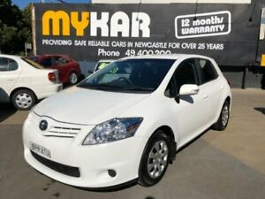 2010 Toyota Corolla ZRE152R MY10 Ascent Glacier White 6 Speed Manual Hatchback