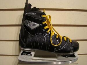 CCM. Patins de hockey -- 868548
