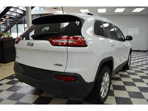 2016 Jeep Cherokee North 4X4 - U-Connect**LOW KMS**Keyless Entry Kingston Kingston Area image 2