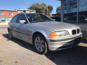 2001 BMW 325i  TRES BONNE MECANIQUE  LIQUIDATION  1600$