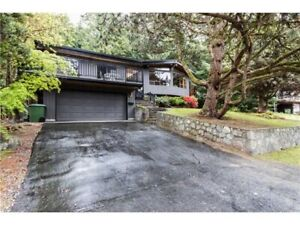 North Vancouver house for rent (Canyon Heights)