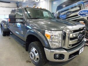 2016 Ford F-350 Lariat (Remote Start, Heated/Cooled Seats, DRW)