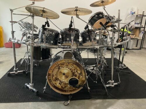 DW PERFORMANCE SERIES DRUM SET- Black Diamond-Hardware,Cymbals,Mics,Yamaha Mixer