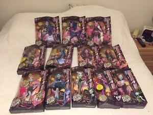DOLL COLLECTION - Monster High and Ever After High