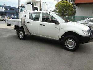 2010 Mitsubishi Triton MN MY10 GLX White 5 Speed Manual Double Cab Utility Coopers Plains Brisbane South West Preview