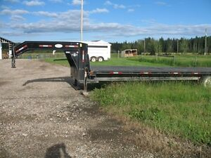 32 ft 2008 Double A Highboy