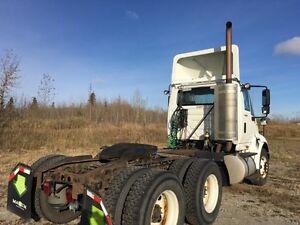 2011 International 8600 SBA 6x4, Used Day Cab Tractor Edmonton Edmonton Area image 4