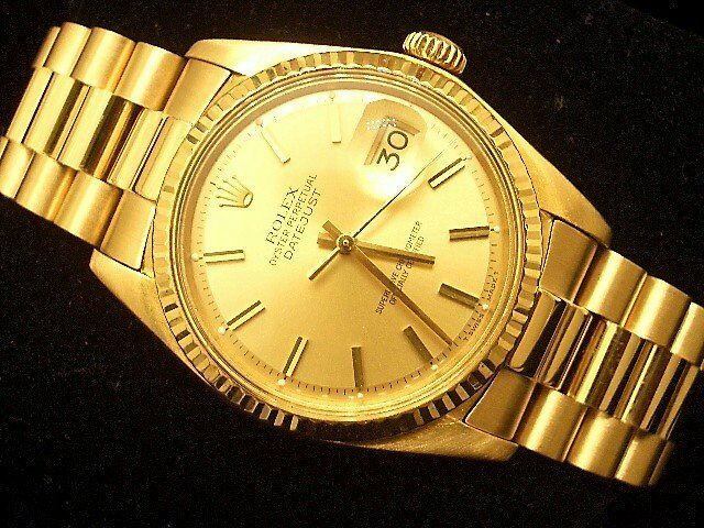 Rolex Datejust 1601 18k Yellow Gold Watch President Style Band Champagne Dial