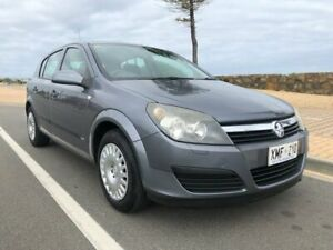 2006 Holden Astra AH MY06 CD Grey 5 Speed Manual Hatchback Christies Beach Morphett Vale Area Preview