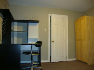 Large Clean Furnished Quiet Basement Bedroom-May 25-June 4