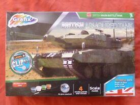BRAND NEW Grafix British Armoured Tank