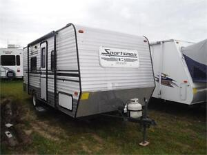 2015 KZ Sportsmen Classic 200 Travel trailer with twin beds