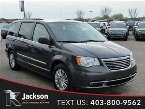 2015 Chrysler Town & Country Touring- Heated Leather, Pwr Doors!