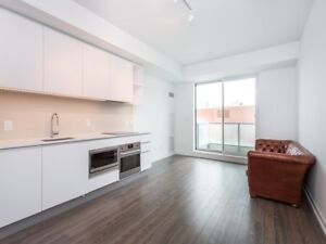 *STUNNING CONDO IN THE HEART OF MIDTOWN* *MUST SEE*