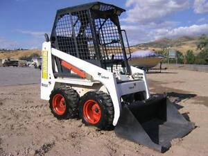 Small Bobcat 453 for daily rental