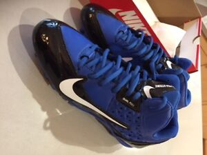 Nike Size 10 Football Cleats - worn once only