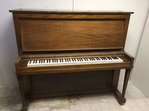 Free early 1900''s Piano