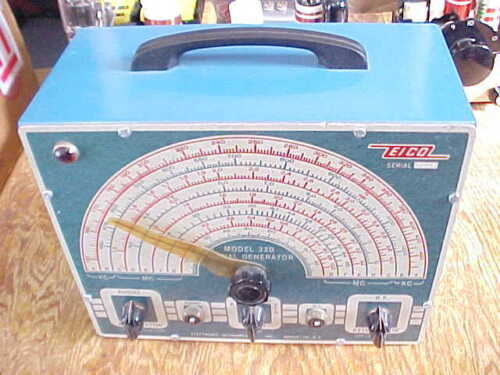 VINTAGE EICO 320 RF SIGNAL GENERATOR (POWERS ON & APPEARS TO WORK)