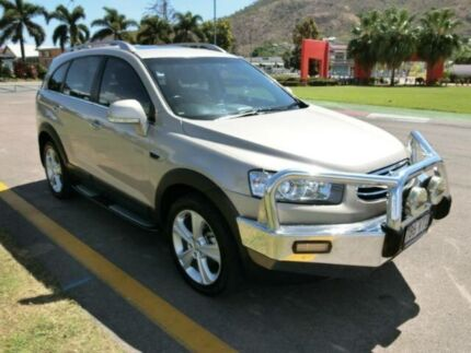 2011 Holden Captiva CG MY10 LX AWD Gold 5 Speed Auto Seq Sportshift Wagon Townsville 4810 Townsville City Preview
