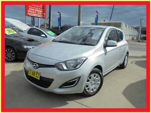 2013 Hyundai i20 PB MY13 Active Silver 6 Speed Manual Hatchback Holroyd Parramatta Area Preview