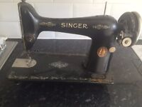 Vintage Singer Sewing machine £10 REDUCED NEED TO GO ASAP