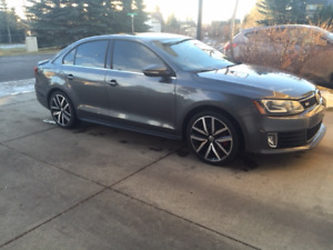 2013 Volkswagen GLI Sedan(Fully Loaded, 1 Owner, Mint Condition)