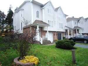 12-138 Spacious Executive Home in lovely neighbourhood Clayton P
