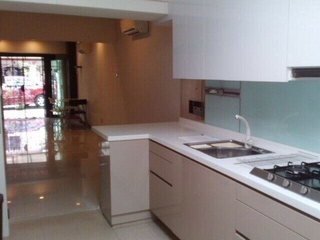 House for rent at Macpherson