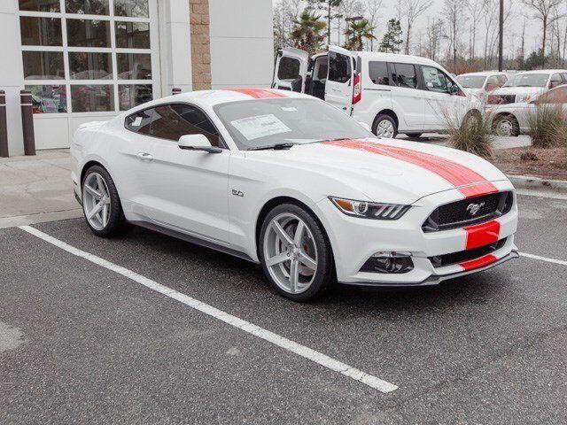 Imagen 1 de Ford Mustang  white