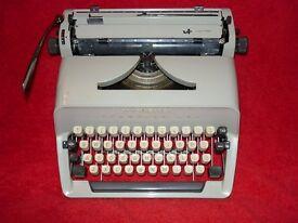 Adler Gabriele 25 typewriter (Scheidegger)