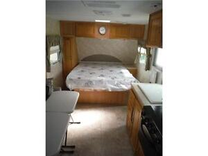 2007 Palomino T21FBSL Ultra Lite Travel Trailer with slideout Stratford Kitchener Area image 17