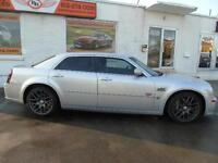 2006 Chrysler 300 SRT8 6.1 LT V8 WITH 425 HP NO ACCIDENTS!!!LOW