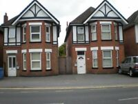LOVELY LARGE DOUBLE ROOM (FOR ONE PERSON ) ON ASHLEY ROAD, PARKSTONE.