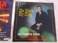 R 1085 Vinyl LP She Wears My Ring – Solomon King Columbia SX 6250 Mono 1968