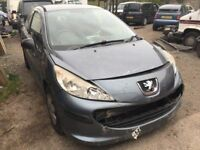 2007 Peugeot 207, starts and drives, being sold as spares or repair due to body damage (as seen in p