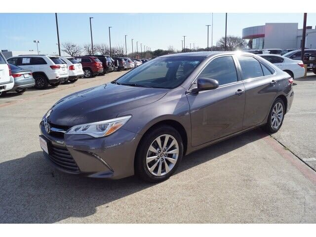 Image 2 Voiture Asiatique d'occasion Toyota Camry 2015