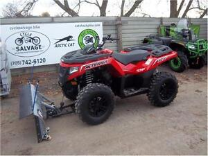 2017 ARCTIC CAT ALTERRA 700 XT WITH PLOW AND WINCH!!