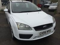 2006 Ford Focus diesel estate, starts and drives well, 1 years MOT (runs out October 2018), clean in