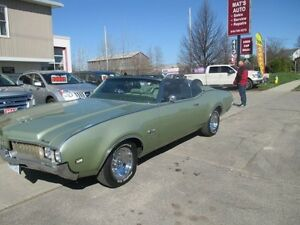 1969 Oldsmobile Cutlass Supreme Convertible