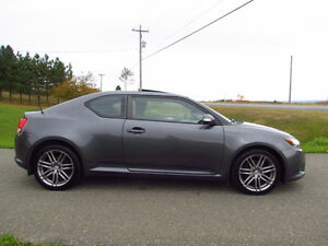 2012 Scion TC: AUTOMATIC! SUNROOF! AC! BUILT BY TOYOTA! LOW KMS!