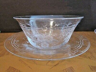 thick glass SHIPPING 4 available FREE U.S dessert bowls rippled at top vintage pedestal Clear parfait dishes