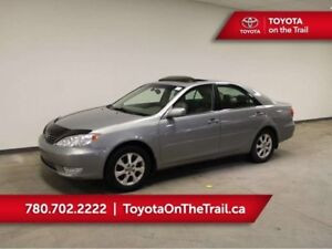 2005 Toyota Camry XLE V6; LEATHER, HEATED SEATS, SUNROOF, TRAILE