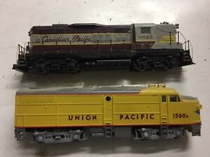 Collectable Model Train Set. Engines, Model Train Cars, an Track
